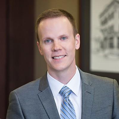 Andrew J. Knutson Attorney Headshot